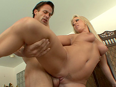 Video of hardcore fucking with cum in mouth ending for Carolyn Reese