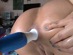 Jynx Maze uses various toys to make her pussy dripping wet