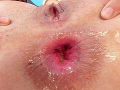 Closeup video of dirty MILF Laela Pryce getting her ass stretched