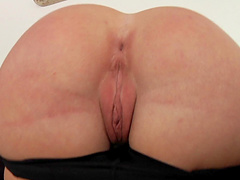 Hypnotizing redhead cowgirl in high heels giving a stunning blowjob before getting smashed doggystyle