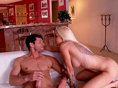 Pretty blonde babe Stevie Shae gets facial after wild fucking
