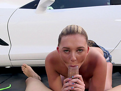 Natural boobs cougar Brooke Wylde gets fucked in doggystyle