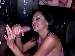 Gorgeous Brunette Thrilled As She Gives A Terrific Blowjob