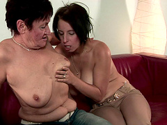 Mature amateur Chrissie gets her pussy licked by adorable Anastasia