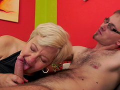 Fat mature Ursula Grande opens her legs for a stud to fuck her