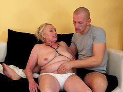 Fat granny Sila moans with pleasure during passionate fucking