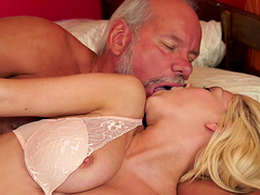 Blonde cracker plays with the anus of her experienced mentor