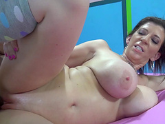 Stunning brunette getting her shaved pussy screwed in interracial sex