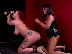 Redhead acts sex slave in a palpitating bdsm sex encompassing rough spanking