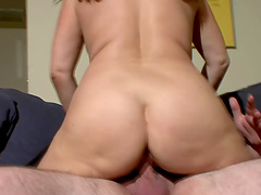 Chubby amateur Claudine enjoys getting fucked by a horny stud