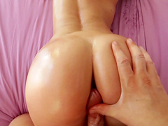 Grinding and ass job by stunning model Juelz Ventura in POV