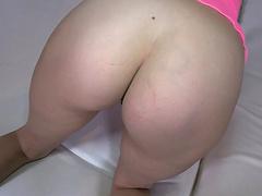 Closeup video of pink haired punk girl Geisha Monroe riding a dick