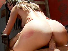 Anal loving chick Dana DeArmond spreads her legs to ride a fat dick