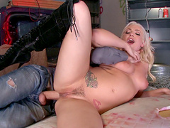 Erotic pussy fucking by a big dick for blonde beauty Dahlia Sky