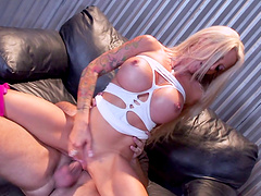 Group sex with blonde pornstar Helly Mae Hellfire and her friends