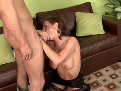 Passionate fucking on the sofa with seductive wife Veronica Avluv