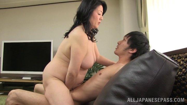 fat farm girl nude