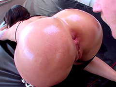 Mature brunette wife loves to be fucked in her tight asshole