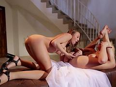 Lovely Aubrey Star talked Mia Malkova into masturbating with her