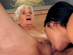 Mature granny tutors her grand daughter how lesbianism used to roll in the 50s