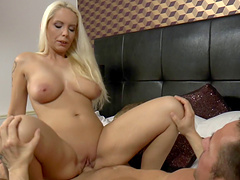 Sublime blonde with large boobs decides to ride the pecker