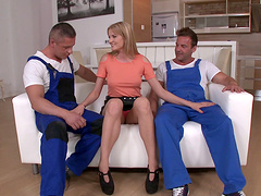 Splendid blonde chick enjoys the double penetration that she wanted