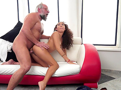 Experienced guy presents the sexy brunette with his stiff dick