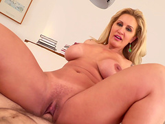 Long-haired blonde with lots of tattoos enjoys sucking the dick