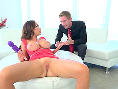Blindfolded senorita knows what awaits her beautiful shaved pussy