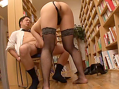Shiraki Yuuko seduces a fellow for a formidable sex session