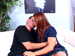 Mature woman with glasses is happy to open her legs for a fuck