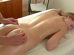 Adoring blonde Dorthy attacked by a hot fellow during a massage