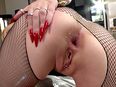 Rossella Visconti offers her holes to an insatiable lover