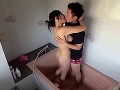 Hamasaki Mao loves taking a shower with her horny lover