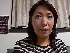 Chubby Kuroka shading panties then having her juicy pussy licked
