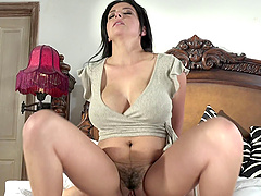 Danica Dillon is a hot MILF who knows how to seduce a lover