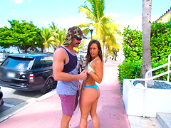Great fucking session in public with alluring babe Kelsi Monroe