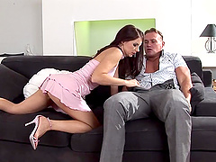 Handsome man's massive cock is all Evelin Rain craves