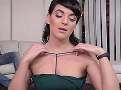 Double penetration session for stunning brunette Liza Kolt