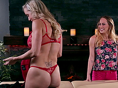 Carter Cruise cannot resist a fuck with insatiable Brandi Love
