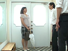 Narita Ayumi is a mature chick with glasses in need of a sex game