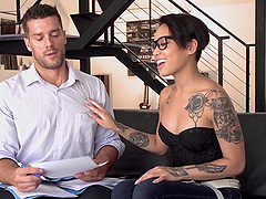 Honey Gold is a cutie with tattoos who loves being fucked well