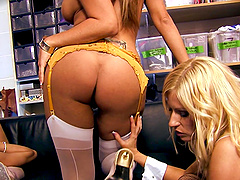 Orgy with several stunning ladies such as seductive Rita Faltoyano