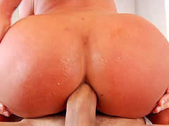 Steamy assplay with Brandi Bae who sits on a pulsating cock