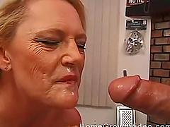 Blonde milf putting a wiener deep in her slippery little throat