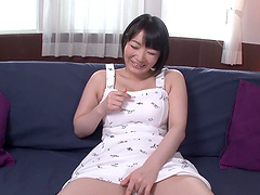 Oiled Sanae Niizuki knows how to make a guy happier than ever