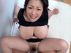Asian babe Komukai Minako talks a friend into fucking her hairy cunt