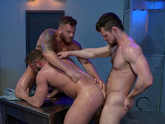 Gay threesome with Johnny Ryder and his horny friends