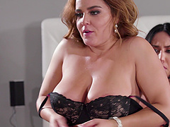 Hardcore lesbian porn star threesome with Alina Lopez in lingerie