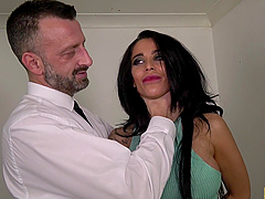 Tattooed sweetie Alice Judge takes care of a stiff shaft